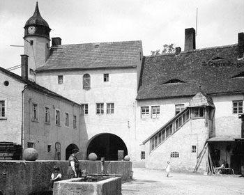 Wasserschloss Klaffenbach – ein Vergleich