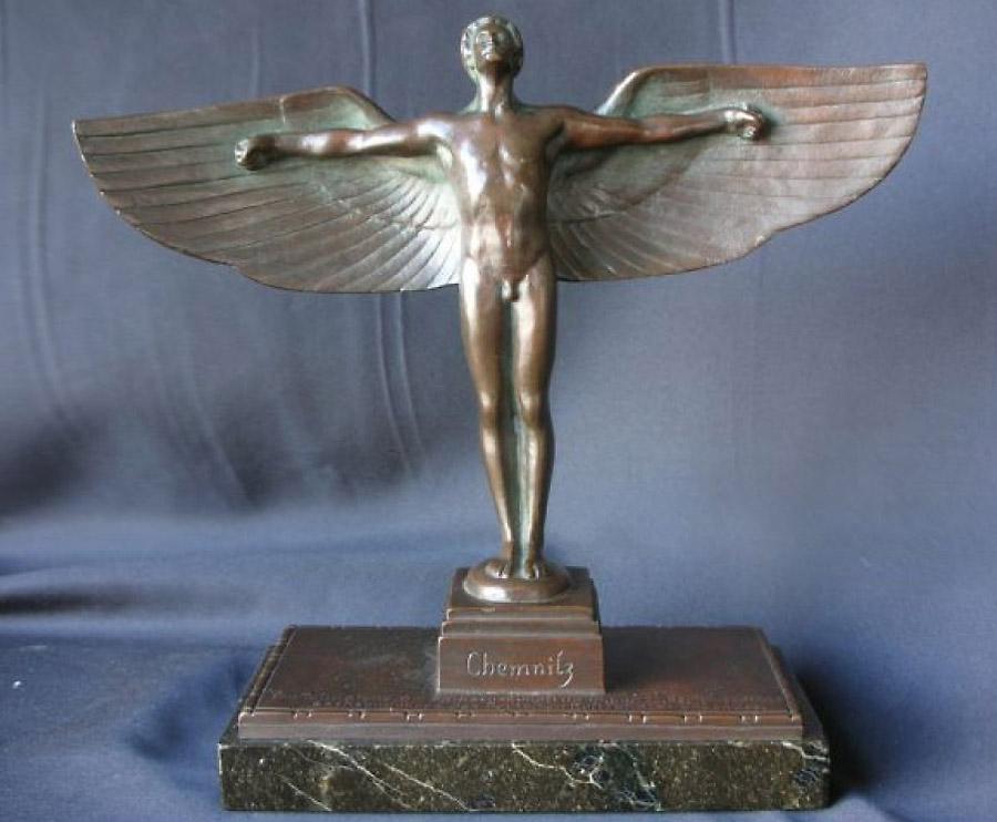Pokal zur Teilnahme am Sachsenrundflug ( Bildquelle www.thethirdreicharts.com)