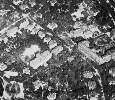 Luftbild mit dem Gerichtskomplex mitte rechts um 1924