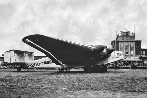 Junkers G38 auf dem Flughafen Chemnitz