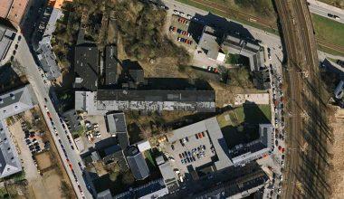 Ehemaliges Gelände der Firma H.Michaelis an der Uferstraße - Mittig der Längsbau ist die ehemalige Halle