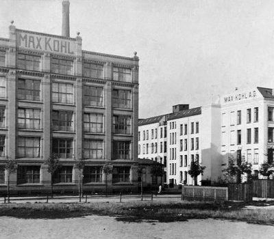 vor 1910 wurde das Tischlereigebäude links errichtet